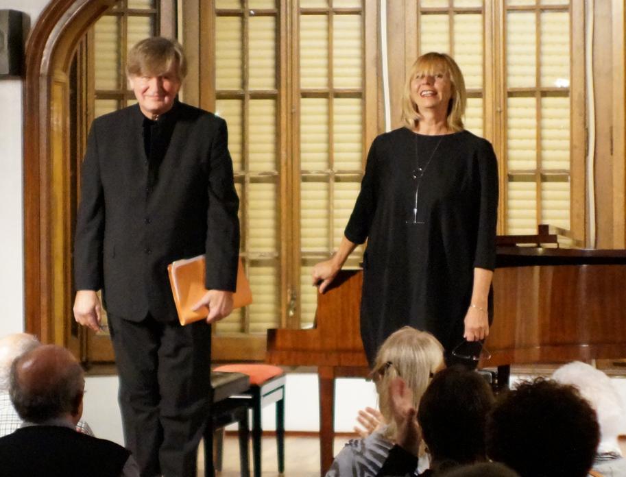 Concierto de piano gennady dzubenko y larisa loginova escola luthier de m sica - Casa luthier barcelona ...